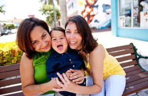 lesbian-couple-with-child